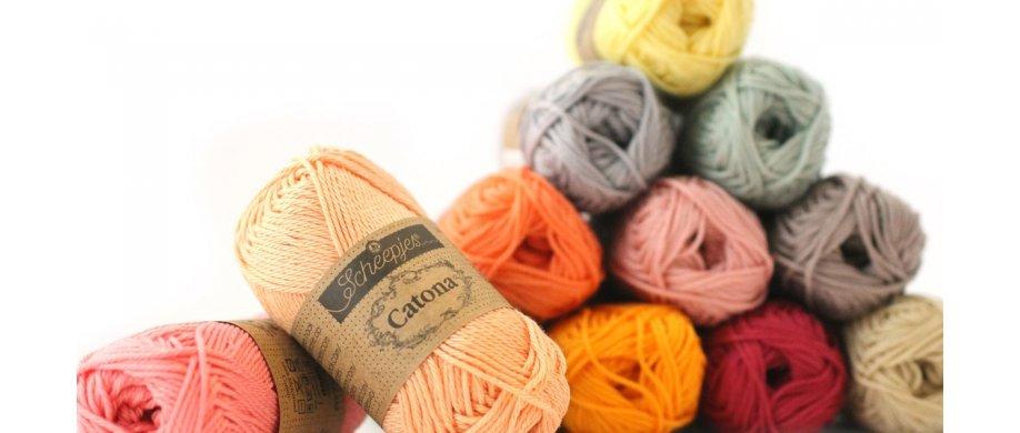 <strong>Catona findes i 105 farver b&aring;de i 25 &amp; 50 gram</strong>