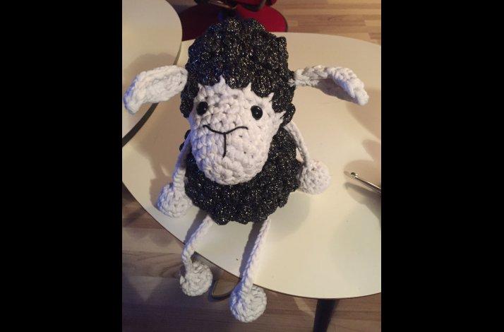 Garnpakke fåret Kroelle i xl uden opskrift