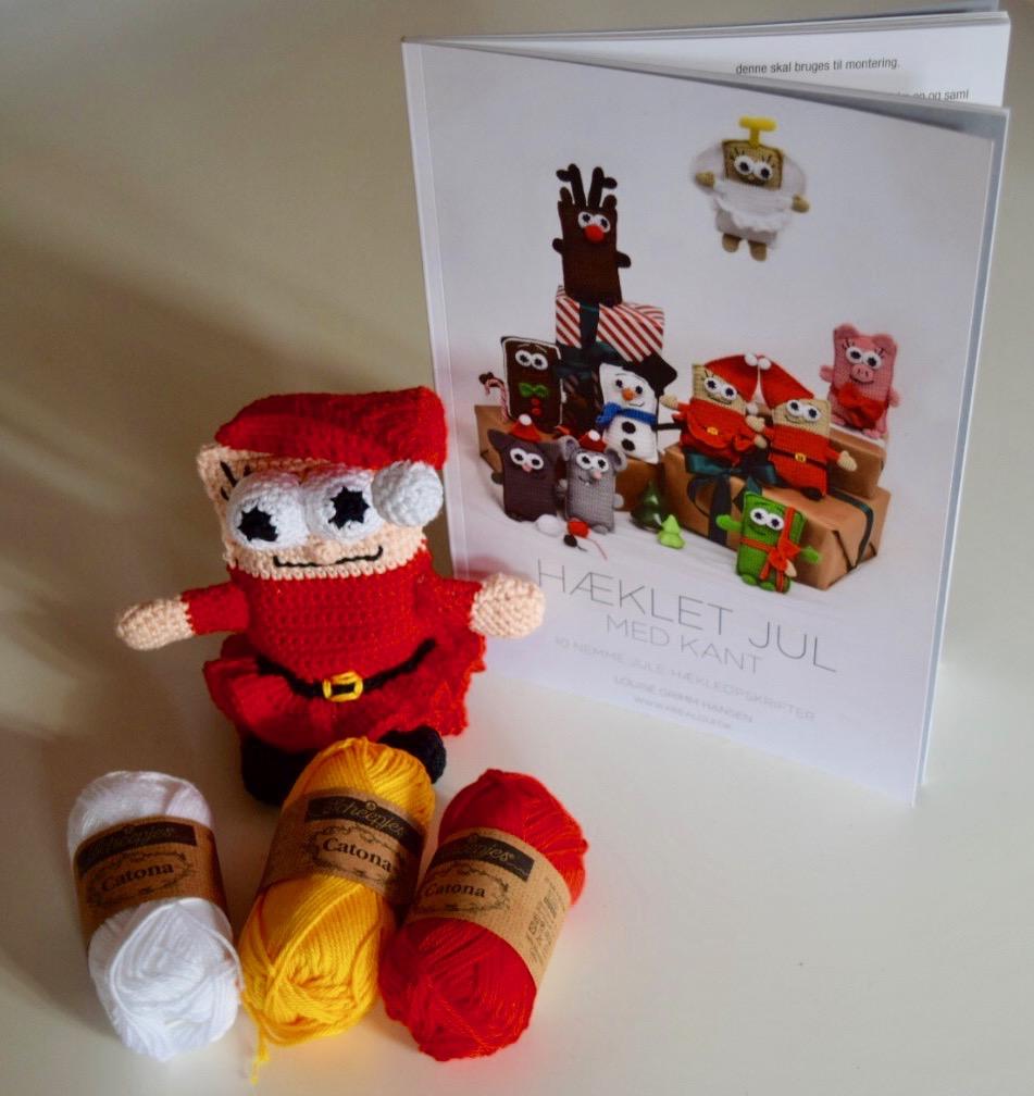 Image of   Hæklet jul med kant og Catona garnpakke