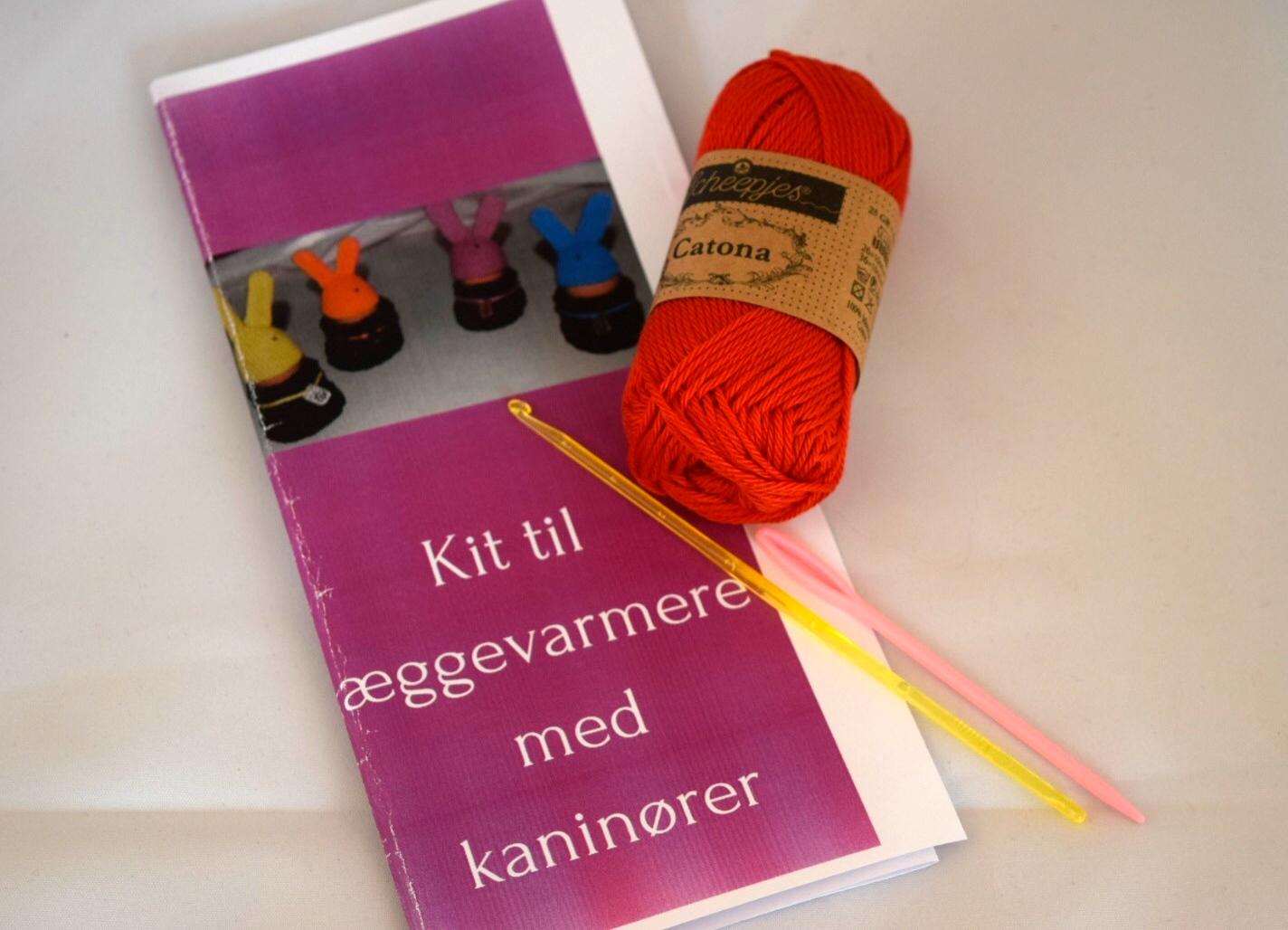 Image of   Hæklekit Æggehuer / Æggevarmere med Kaninører