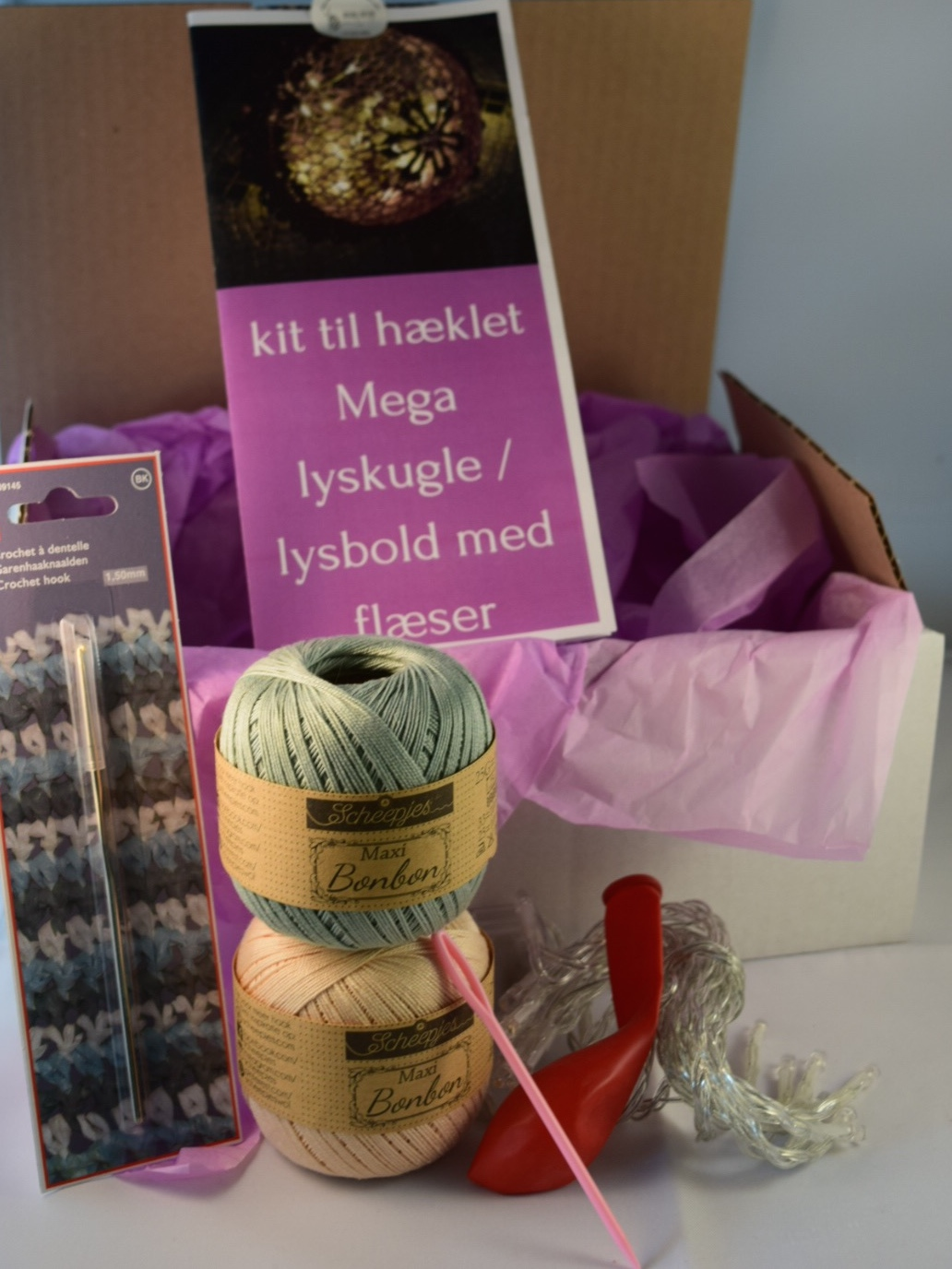 Image of   Hæklekit Mega Lyskugle m. Flæser
